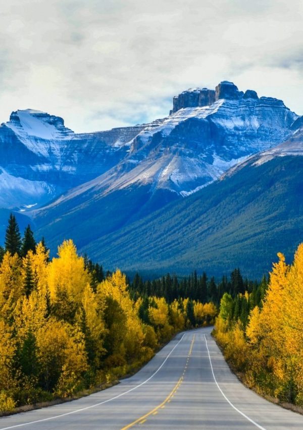 Fascinating Places to Stop on a Canada Road Trip