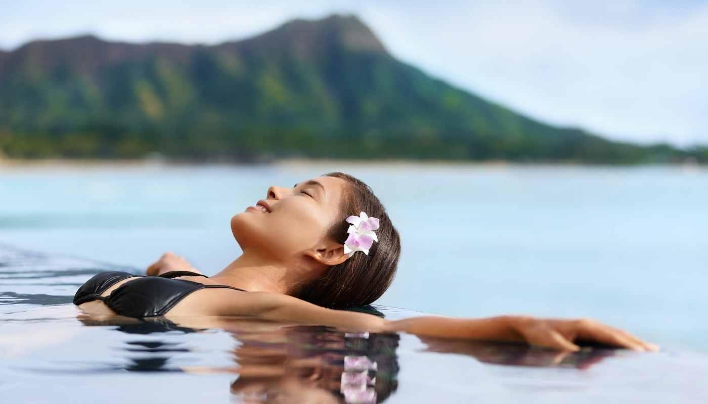 Hawaiian island cruises