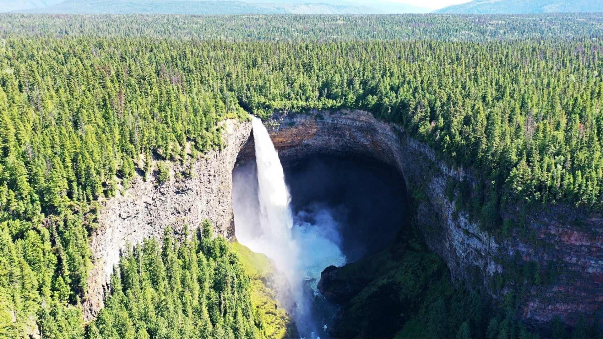 Helmcken Falls Canada beautiful waterfalls