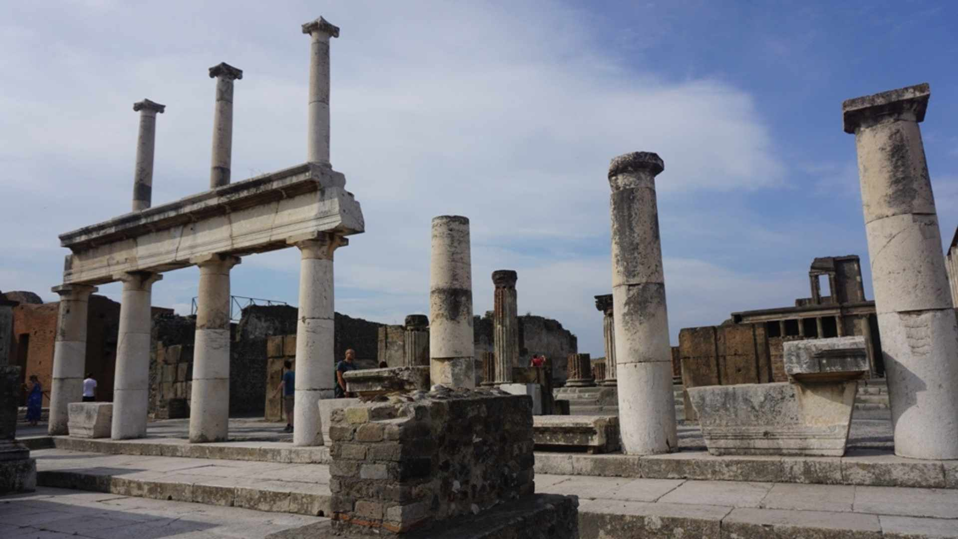 Naples Italy cruise destinations