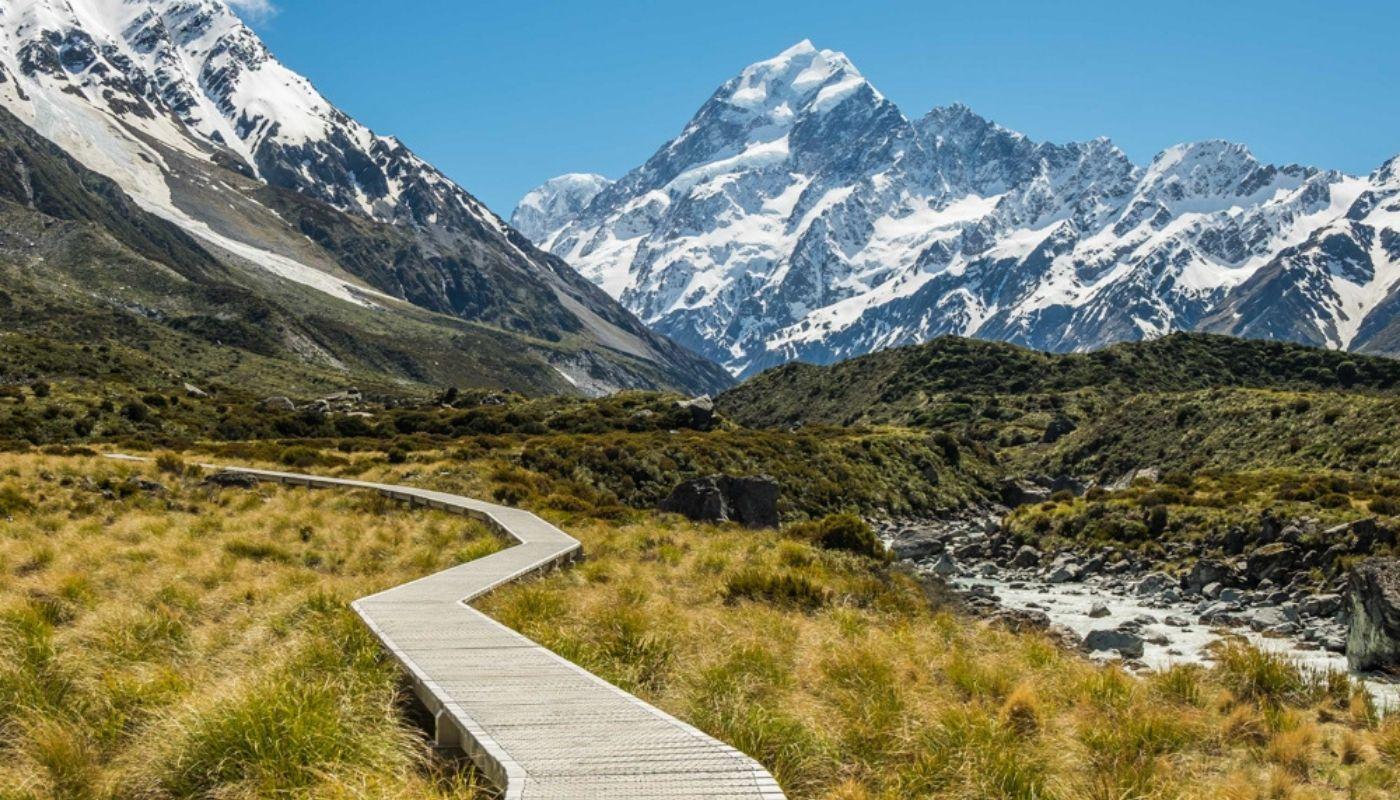 beautiful Hooker Valley Track New Zealand