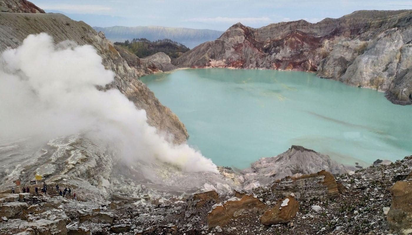 beautiful Mount Ijen Lake, Indonesia