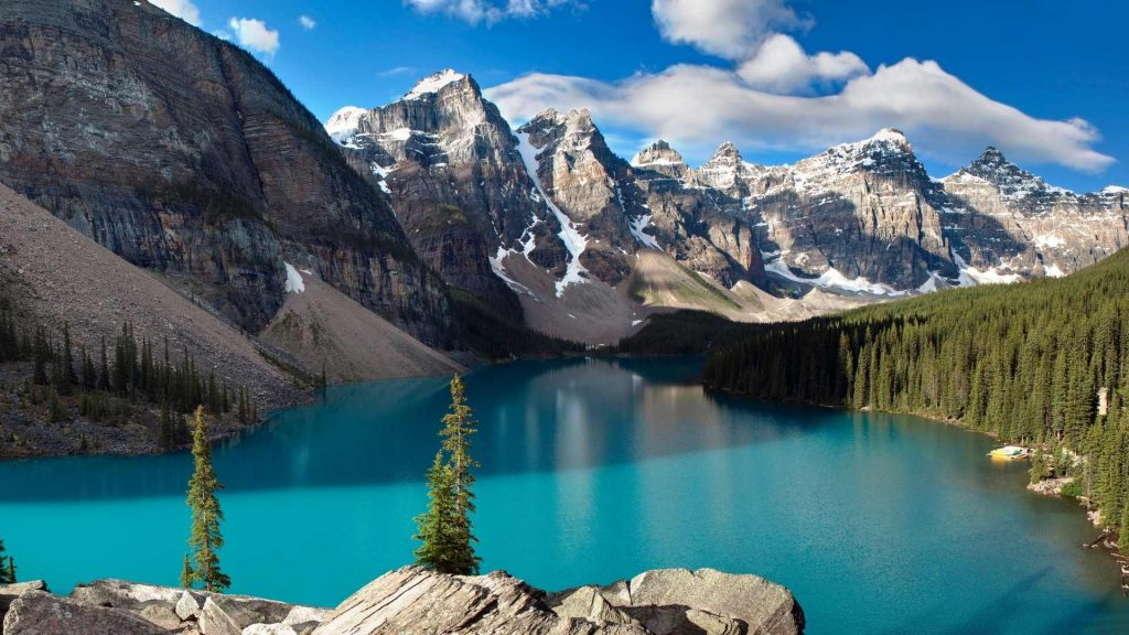 most beautiful hikes in the world
