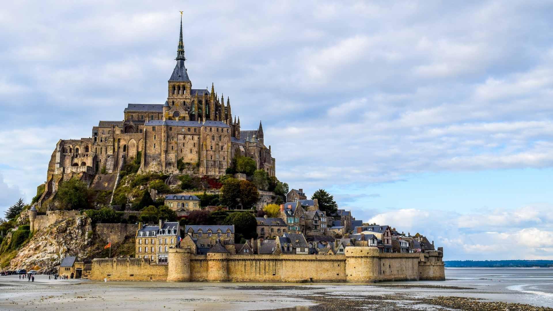 beautiful islands Mont Saint Michel, France